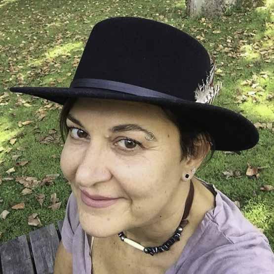 Carole Lindstrom